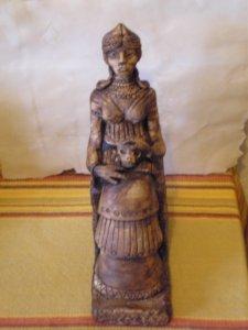 Sumerian_statue_Ereshkigal_by_netjerwaret